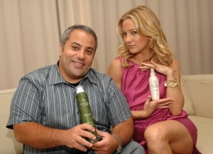 Kate Hudson and David Babaii on HSN to Unveil David Babaii for WildAid