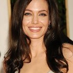 Golden Globes Hair: Angelina Jolie's Undone 'Do