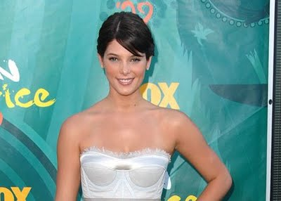 Get the Look: Ashley Greene at the Teen Choice Awards