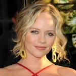 Get The Look: Marley Shelton At The Premiere of Perfect Getaway