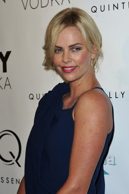 Get The Look: Charlize Theron at the NYC Premiere of Burning Plain