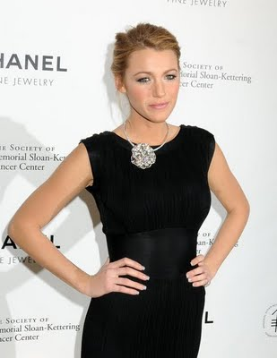 "Get The Look: Blake Lively at the CHANEL Fine Jewelry ""Fête d'Hiver"" Benefit on November 4, 2009"