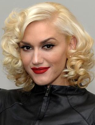 Gwen Stefani Talks Beauty Backstage at L.A.M.B.
