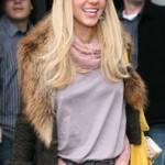 Britney Spears Is Blonde Again