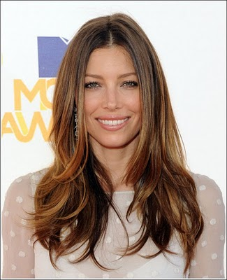 Get Jessica Biel's Glossy Locks Look at The MTV Movie Awards
