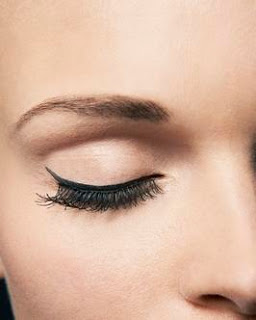 Mario Dedivanovic Tells You How To Stop Eyeliner From Smudging