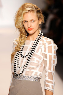 Fashion Week Spring 2011 Beauty: Lela Rose