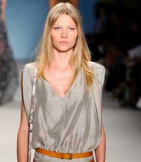 Fashion Week Spring 2011 Beauty: Derek Lam