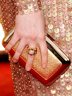 Anne Hathaway's 2011 Golden Globes Nail Polish