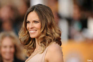 Get The Look: Hilary Swank At The 2011 SAG Awards