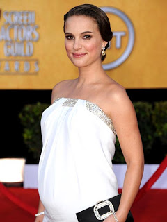 Get The Look: Natalie Portman At The 2011 SAG Awards