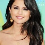 Beauty Breakdown: Selena Gomez' Makeup At The 2011 Teen Choice Awards