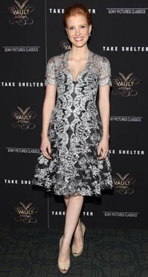 "Beauty Breakdown: Jessica Chastain At The Premiere Of ""Take Shelter"""