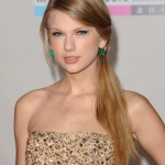 Get The Look: Taylor Swift At The 2011 American Music Awards