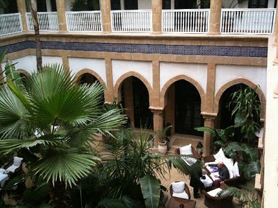 Travel Blogging Junkie: Heure Bleue Palais, Essouira, Morocco