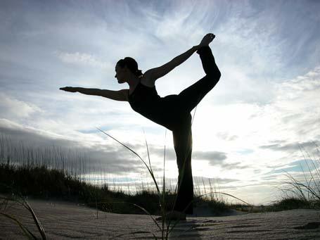 Fitness Blogging Junkie: Yoga To Combat Sunday Blues