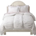 Home Decor Blogging Junkie: Simply Shabby Chic Smocked Duvet Set In White