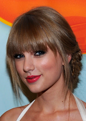 Get The Look: Taylor Swift At The 2012 Kids' Choice Awards