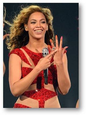 Beyonce's Pink & Orange Concert Manicure