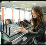 Shenae Grimes Shops The ELLE Cosmetics Counter