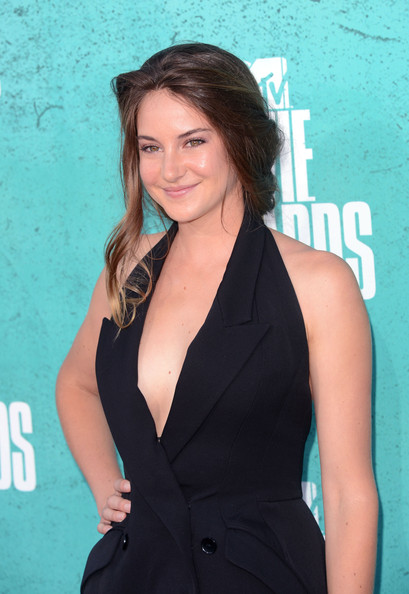 Get The Look: Shailene Woodley's Hairstyle At The 2012 MTV Movie Awards
