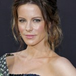 Get The Look: Kate Beckinsale's Makeup & Hairstyle At The 'Total Recall' Premiere