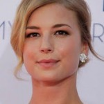 Get The Look: Emily VanCamp At The 2012 Emmys