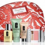 Clinique Partners With Tracy Reese On Limited Edition Cosmetics Bag