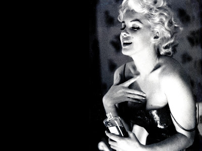 Video: Marilyn Monroe And Chanel No. 5