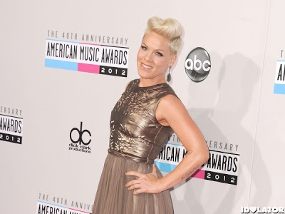 P!nk's Makeup Look At The American Music Awards 2012