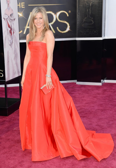 Oscars Hairstyle: Jennifer Aniston