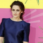 Hairstyle: Kristen Stewart At The Kids' Choice Awards