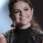 Makeup: Selena Gomez At The Young Hollywood Awards