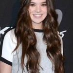 Hairstyle: Hailee Steinfeld At The #DKNY25 Birthday Bash
