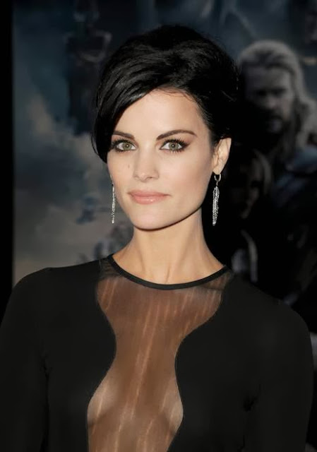 Makeup: Jaimie Alexander For The Premiere of Thor: The Dark World