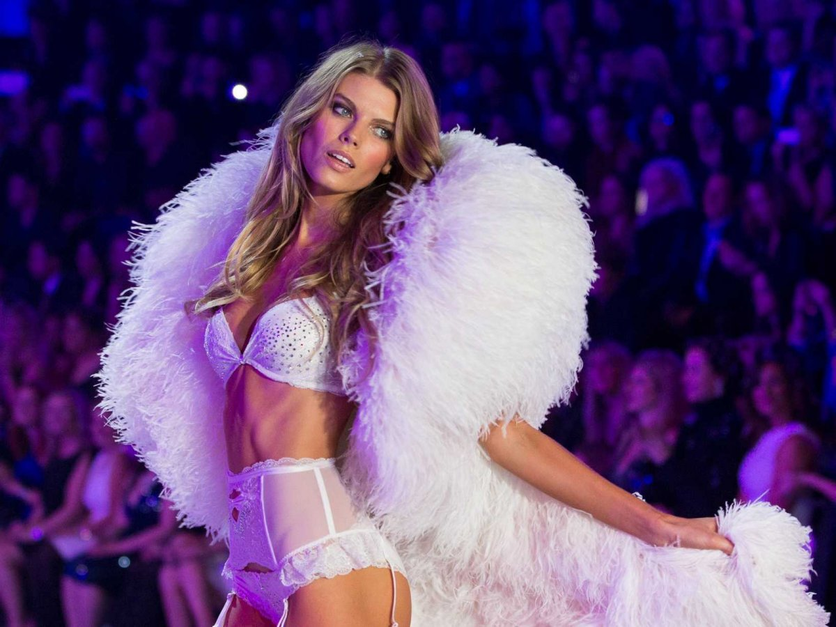 Get The Look: Victoria's Secret Fashion Show 2013 Hair And Makeup