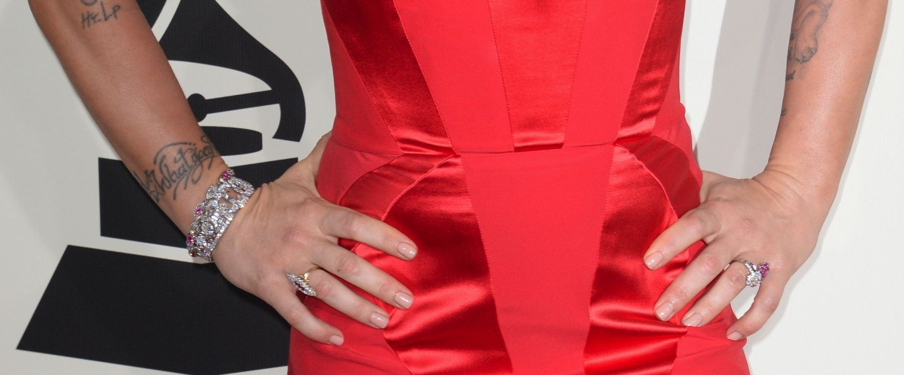 Grammys 2014 Beauty: P!nk\'s Makeup & Nails | Rouge 18