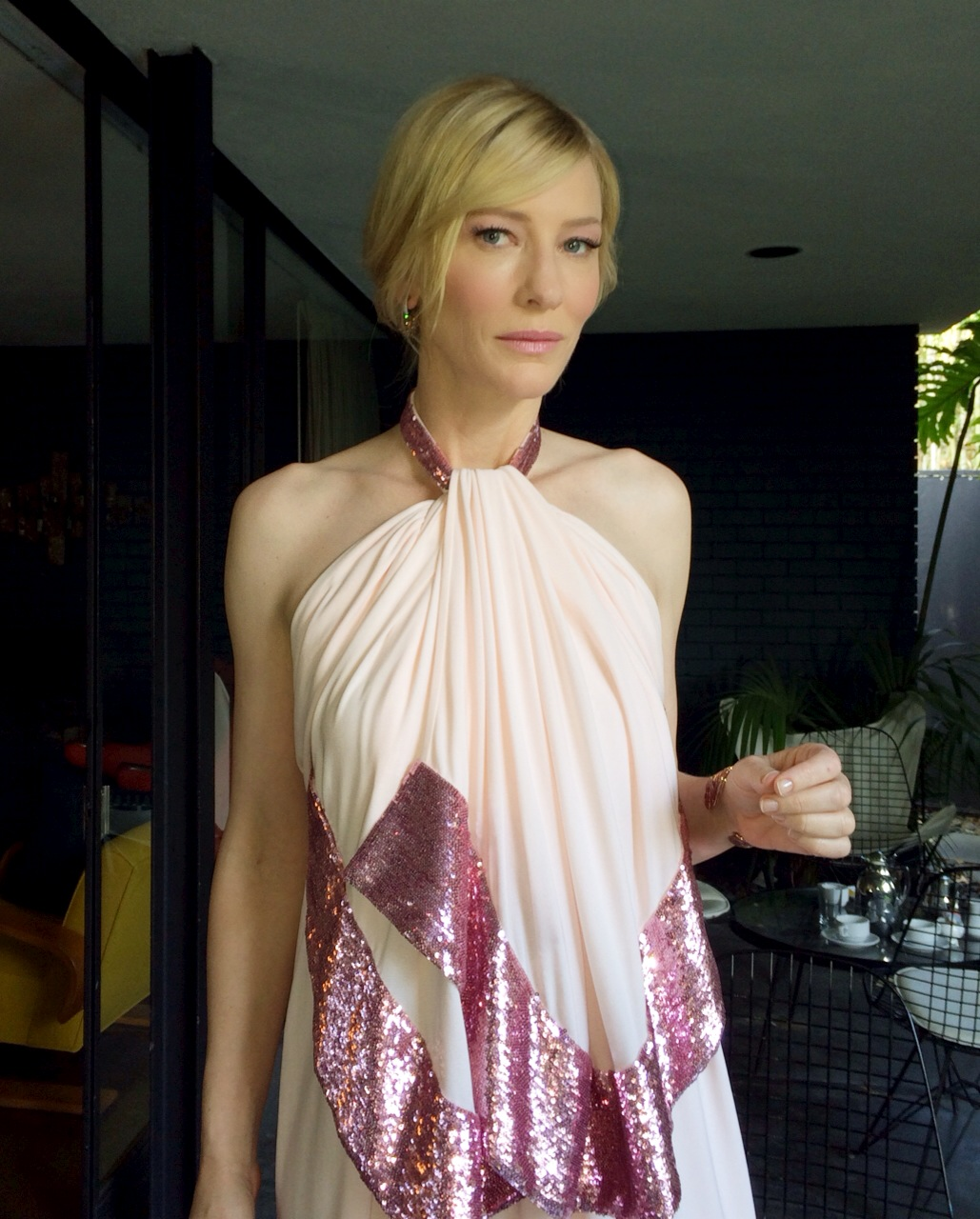 Score Cate Blanchett's '60s-inspired Fairy Makeup At The 2014 SAG Awards