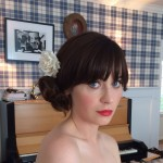 Hairstyle: Zooey Deschanel At The 2014 Golden Globes