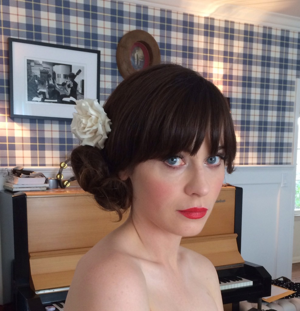 zooey-deschanel-hairstyle-golden-globes-2014