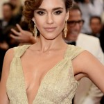 MET Ball 2014 Hairstyle & Makeup: Jessica Alba