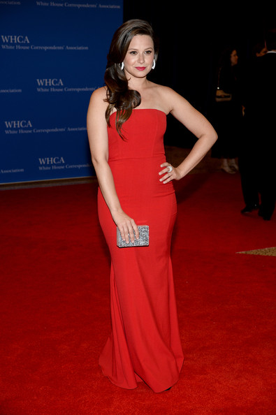"Makeup: 'Scandal""s Katie Lowes At The White House Correspondents' Dinner"