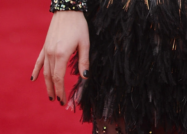 kristen-stewart-met-ball-2014-nails