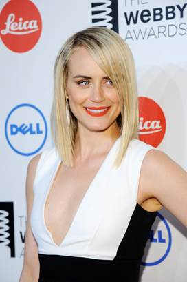 Get The Look: Taylor Schilling's Lob At The Webby Awards