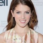 Steal This Secret To Anna Kendrick's Smoked Out Bottom Lashes