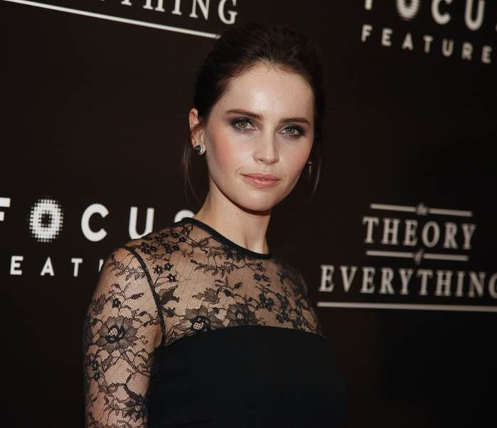 Felicity Jones' Makeup At 'The Theory Of Everything' Premiere