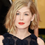 Score Rosamund Pike's Ravishing Red SAG Awards Lip