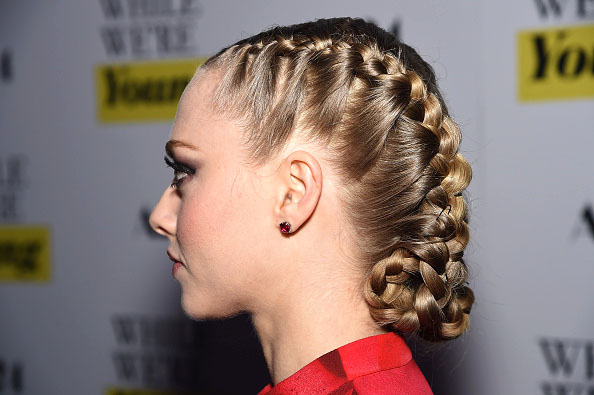 Steal Amanda Seyfried's Heidi Hotness On The Red Carpet