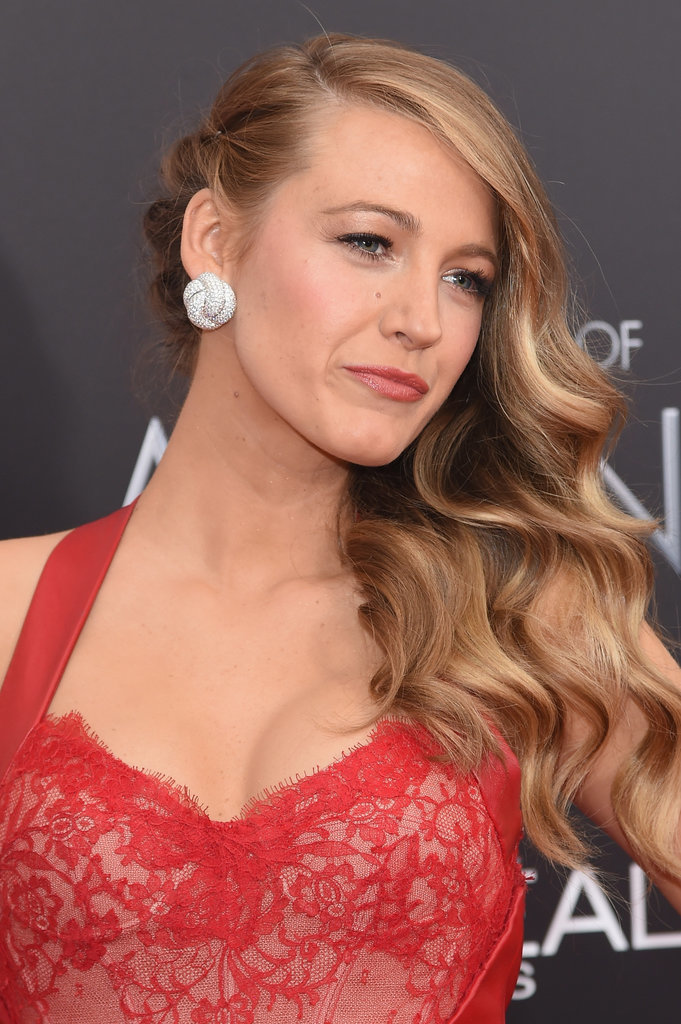 blake lively red dress makeup - photo #8