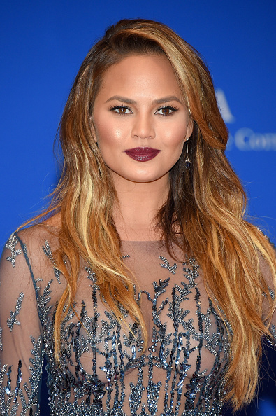 Chrissy Teigen's Vamped-out Pout At The White House Correspondents' Association Dinner